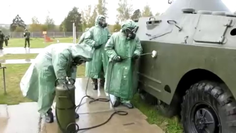 Дегазация от ОВ военной техники
